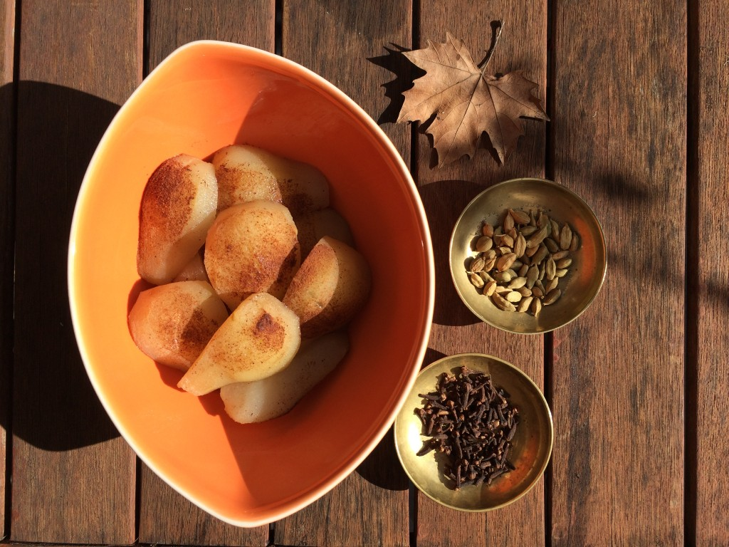 Baked pears with cardamom, cloves and cinnamon. (c) Flynn & Tonic